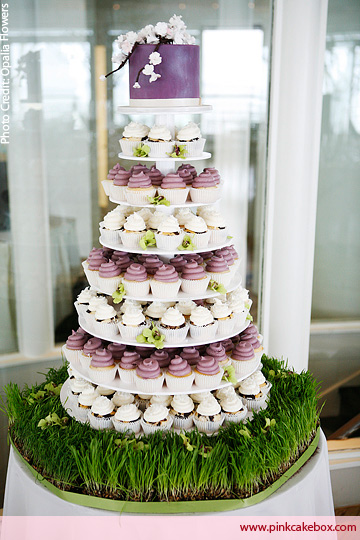 Another great cupcake wedding cake