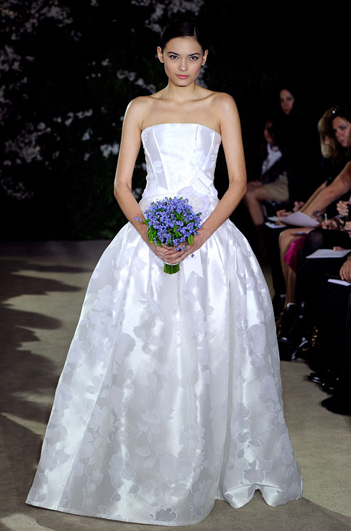 Gown-101_slidedetail